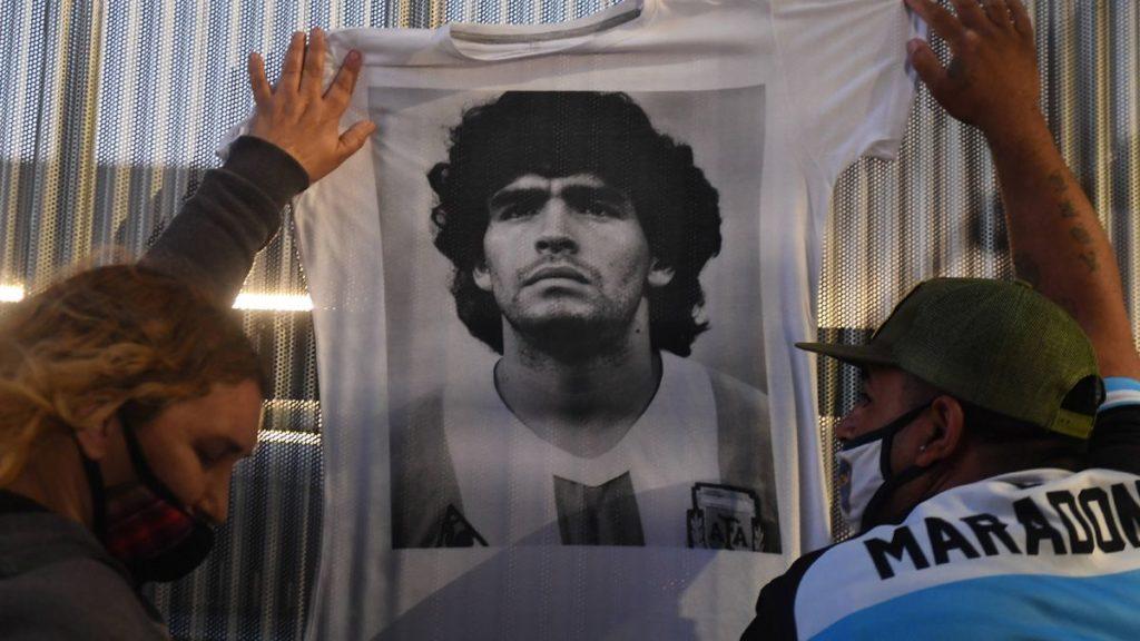 """Leopoldo Luque, médico de Maradona: """"Es una de las pocas veces que se le  dice que no"""" - Mundo Poder"""